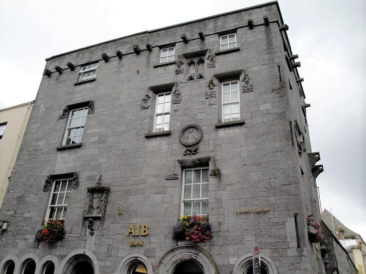 Don't blink or you may miss Lynch's Castle in the heart of Galway!