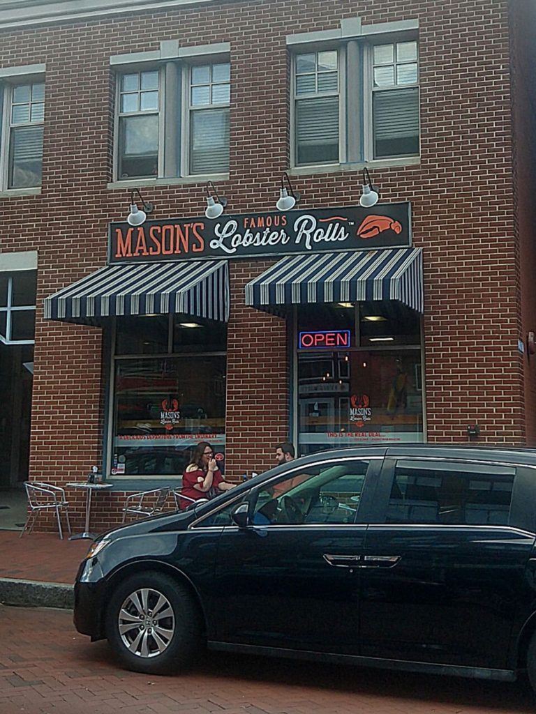 The outside of Mason's Famous Lobster Rolls - one of the best places to eat in Annapolis!