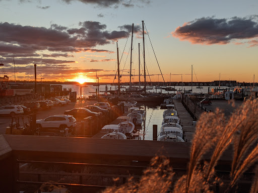 Sunsetting over Newport. You'll be able to find food with a view with this Food Guide to Newport, Rhode Island.