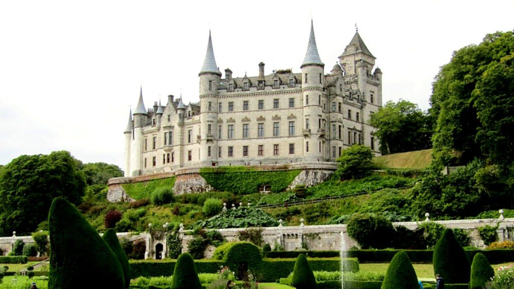 Dunrobin Castle is one of the most beautiful castles in Scotland to visit.