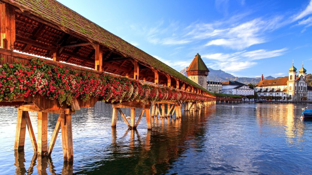 Lucerne is one of the most beautiful cities in Switzerland to visit!